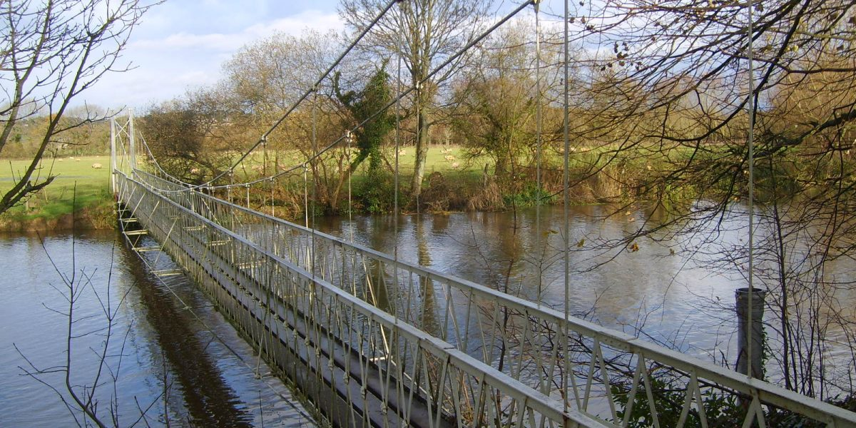 CANFORD SUSPENSION BRIDGE