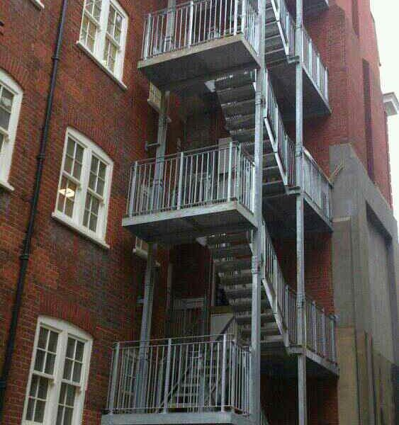 Cullins Limited Project: Lincoln Court Staircase